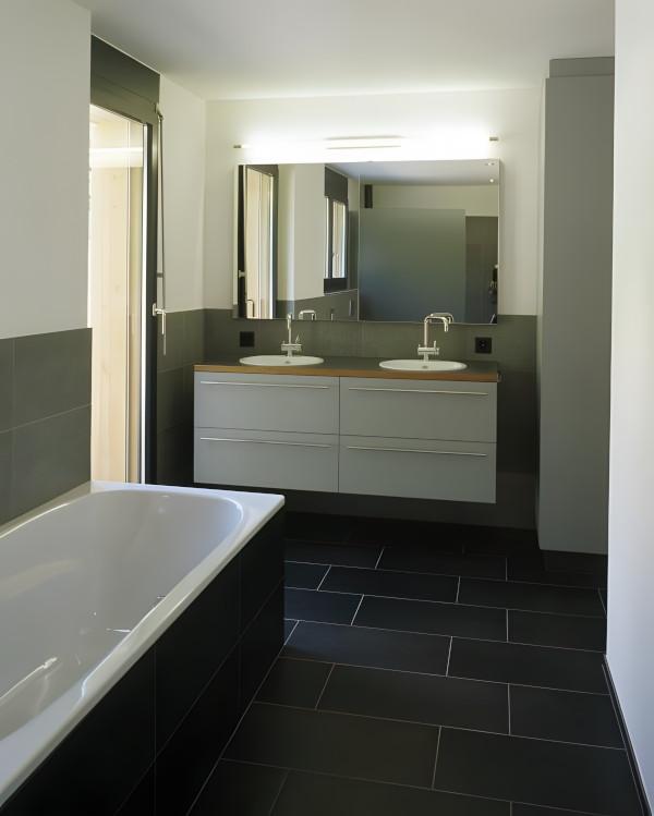 wandplatten badezimmer inspiration ber haus design. Black Bedroom Furniture Sets. Home Design Ideas